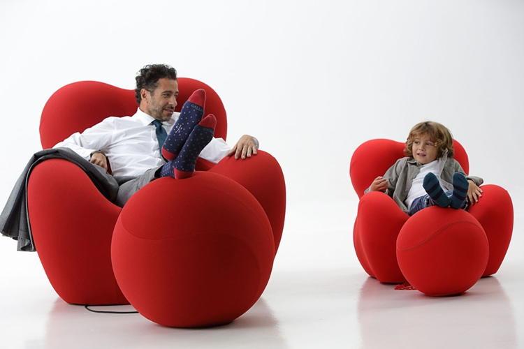 Upj Revives The 1969 Up Chair In Kiddie Form Trendspace