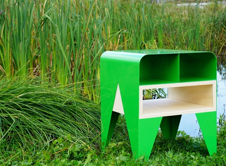 frog-side-table-3
