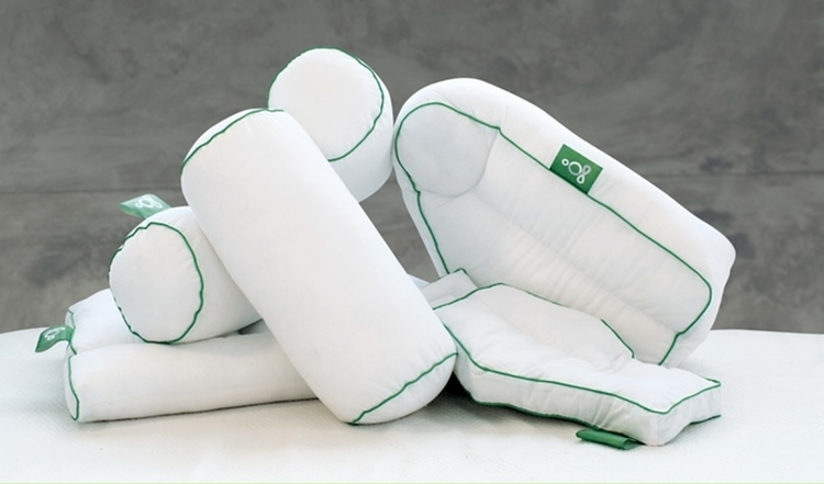 sleep-yoga-posture-pillows-1