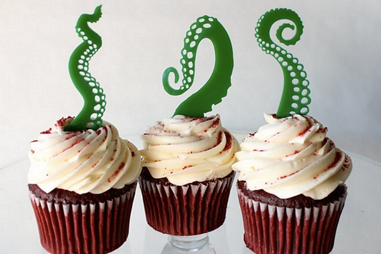 tentacle-cupcake-toppers-3